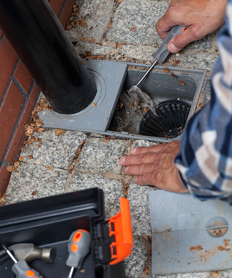 Rc Seamless Gutters Gutter Installation Cleaning